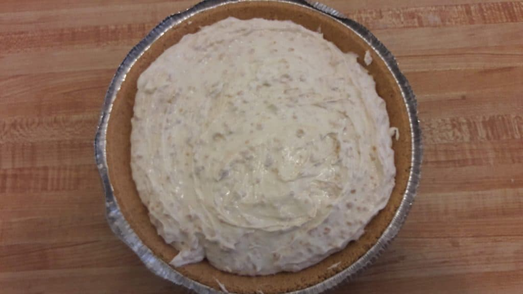 No bake peanut butter pie in the pie crust ~ bitesnpieces.co