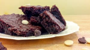 Read more about the article One Bowl Brownies [Dairy Free ~ No Mixer]